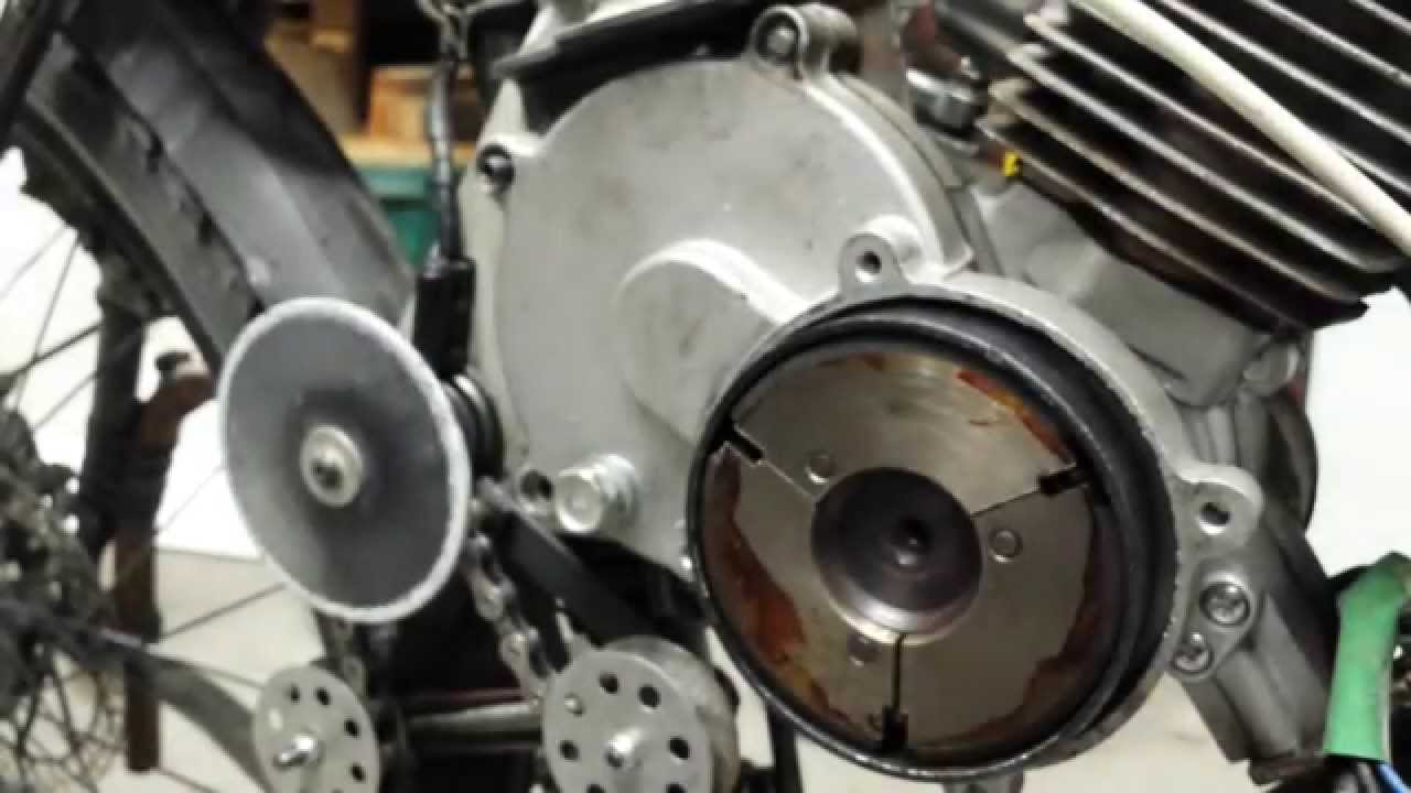 hight resolution of centrifugal clutch installation on the 80cc chinese 2 stroke rh youtube com 2 stroke engine wire