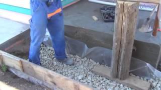 видео Как утеплить фундамент дома снаружи