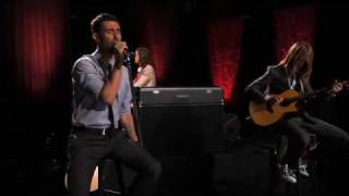 Maroon 5 - Won't Go Home Without You (Live on Walmart Soundcheck)