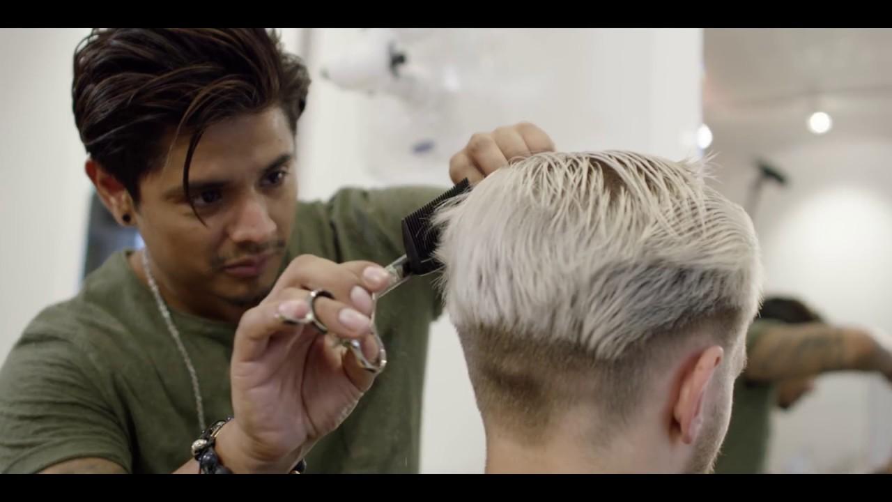 Men S Platinum Blonde Contrast Grow Out Haircut