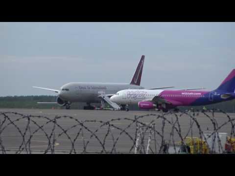 2017 06 10 plane spotting in Vilnius