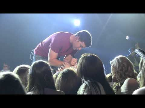 "Scotty McCreery ""Write My Number on Your Hand"" Robinsonville/Tunica, MS 04/26/13"