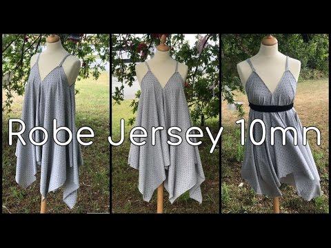 9d0ced0dc4c Coudre une Robe avec 1 carré en Jersey en 10mn - Tuto Couture DIY ...