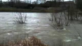 Inondations dans l'Yonne: Tonnerre les pieds au sec !