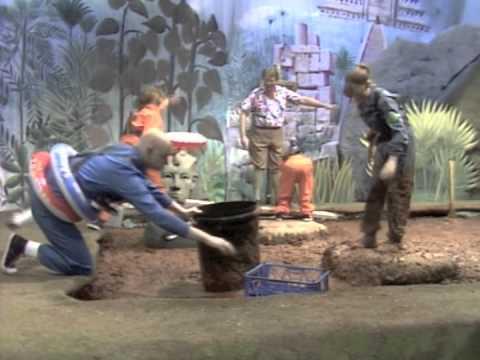 On Safari: Series 3:  8: TXN 1983