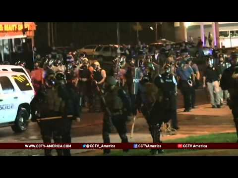 Violence in Ferguson: police clash with protesters