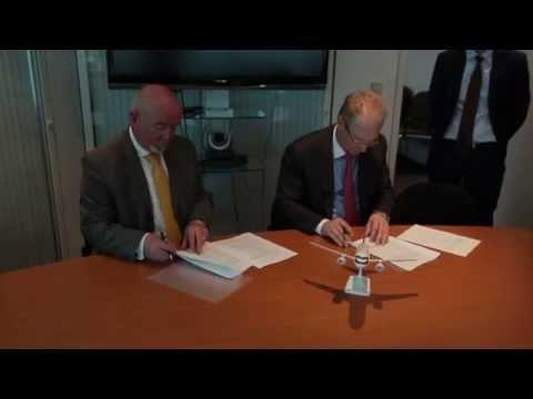 Ilyushin Finance signs SSJ100 LOI with VLM Airlines