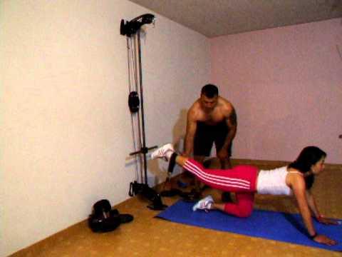 Xs home gym gimnasio casero pierna femoral youtube for Gimnasio casero