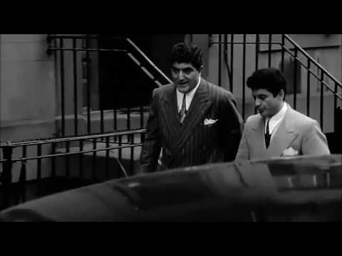 Goodfellas - 10 years before the shinebox incident Billy and Tommy were friends