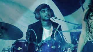 Harish  Kalyan singing yuvan's song