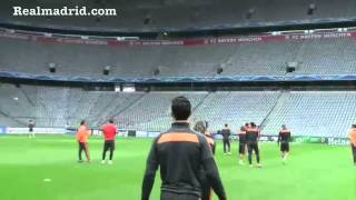 BEHIND THE SCENES: Real Madrid visit & train at Allianz Arena