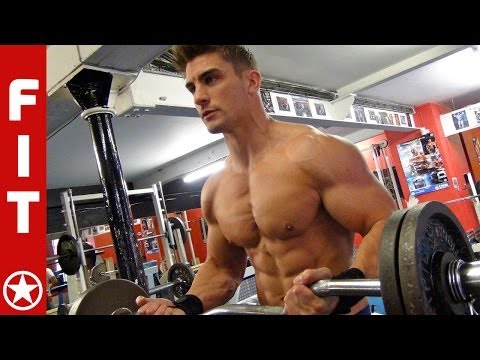 RYAN TERRY- HOW TO LOOK LIKE A COVER MODEL