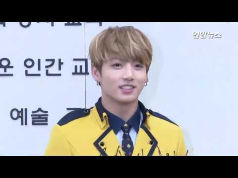 [ENG SUB] [Interview] 170207 BTS Attends Jungkook's Graduation Ceremony @ SOPA