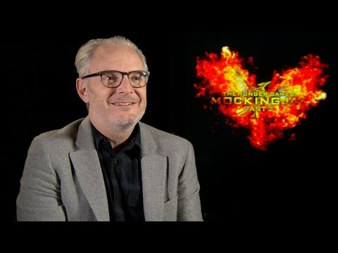 """Watch 'The Hunger Games: Mockingjay - Part 2' Director Francis Lawrence Play """"Save or Kill"""""""