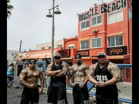 BENCH PRESS AT VENICE MUSCLE BEACH | 100 YEAR OLD MAN DEADLIFTS 315 FOR REPS -BIG BOY