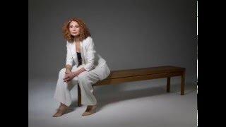 Joanna MacGregor: Ravel Valses nobles et sentimentales no.4
