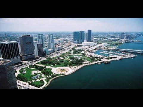 Miami - Bayside Marketplace / Bayfront Park