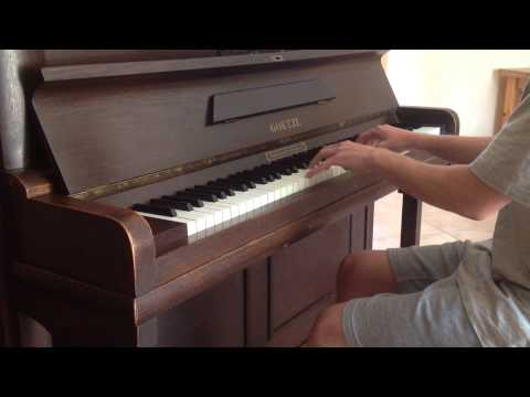 She Moves (Far Away) - Alle Farben feat. Graham Candy (piano cover)