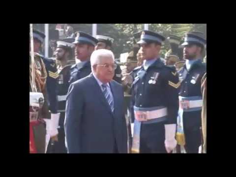 PM Nawaz Sharif receives President Mahmoud Abbass at PM House