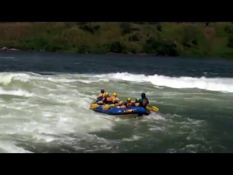 Nile Whitewater Rafting (HD 1080p)