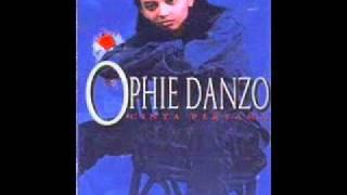 Ophie danzo-Cinta Pertama.wmv