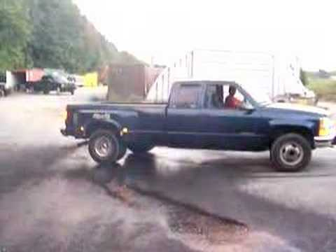 1996 chevy 3500 4x4 burnout youtube. Black Bedroom Furniture Sets. Home Design Ideas