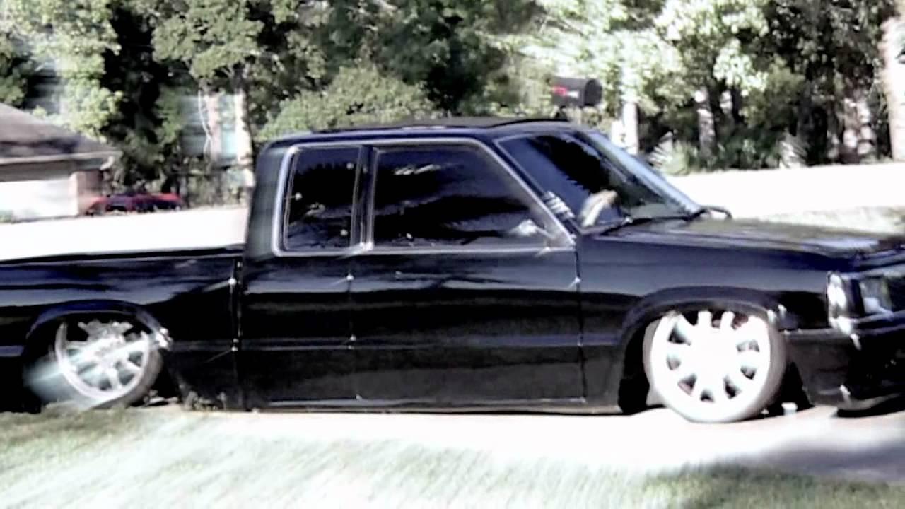 Bagged And Bodied Mazda B2200 - Mini Edit