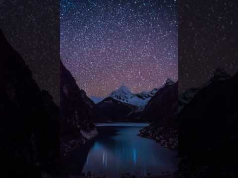 Short night timelapse of Laguna Paron – Peru