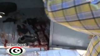 فيديو للهجوم على سيارة نقل مساجين امام جامعة طرابلس أدى إلى قتل شخص وجرح آخرين وتهريب سجين