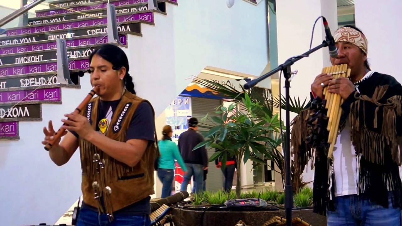 Indio Irlandes.  Inti  «Pakarina»  & Rumi «Ecuador Indians»