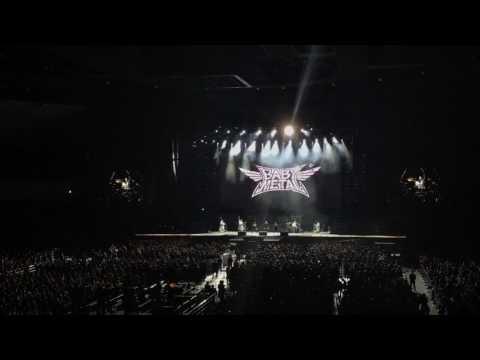 BABYMETAL at Yokohama Arena 1