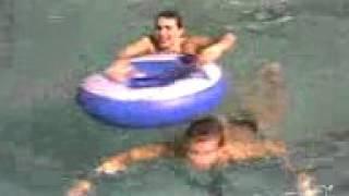 я на аквапарке джунгли харьков(я на аквапарке джунгли харьков отличный отдых для семей с детьми аквапарк джунгли харьков с хорошими..., 2015-12-24T13:47:38.000Z)