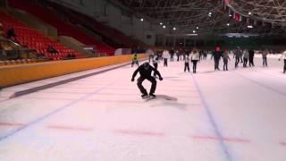 Катание на коньках(Freestyle Ice Skating) Сокольники, Крылатское(Посмотрев видеоролики Xtreme Freestyle Ice Skating, мы с братом решили научиться кататься на коньках. Но увы, найти людей..., 2013-03-03T09:41:16.000Z)
