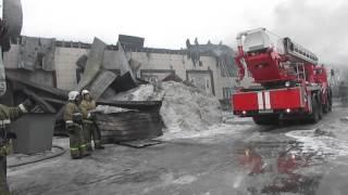Сгорел мебельный магазин на трассе М-52 в Бердске(, 2016-02-29T07:40:08.000Z)