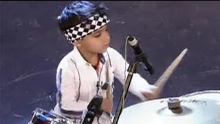 Video 3-year-old drums like a pro download MP3, 3GP, MP4, WEBM, AVI, FLV Agustus 2018