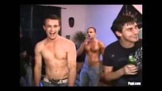 Скачать 2 Heads Out Of The City Gay Disco Spirit RK Mix