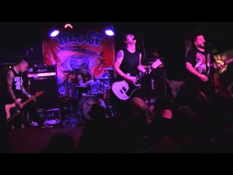 Teenage Bottlerocket at The Bottom of the Hill, San Francisco, CA 9/28/13 [FULL SET]