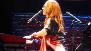 Tori Amos - We Float (PJ Harvey Cover) - DPAC - 8/20/14 - Durham, NC