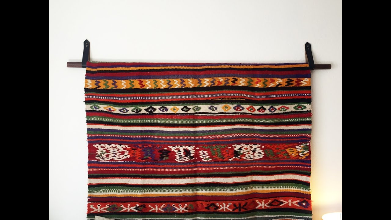 How To Hang A Rug Tapestry Diy Wall Hanging With Caitlin