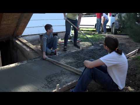 DIY Sidewalk Construction