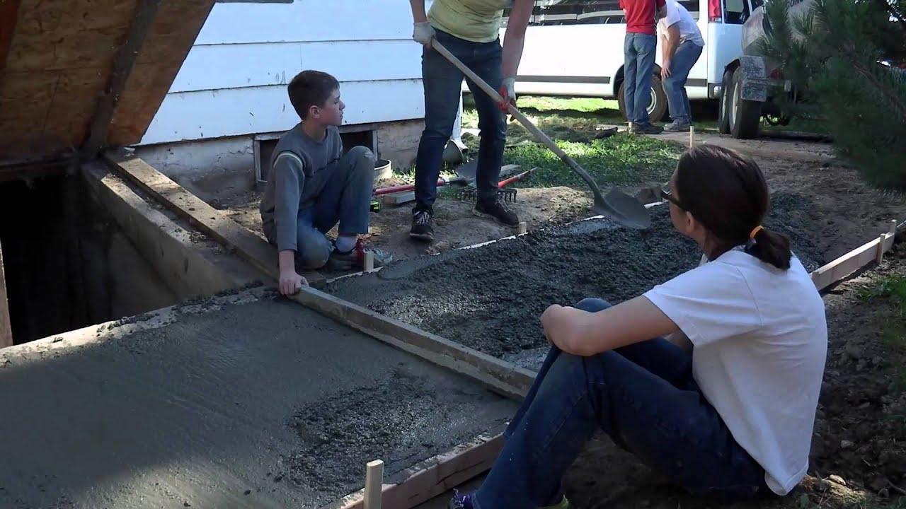 Diy Sidewalk Construction Youtube