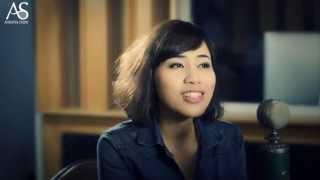 Tôi đọc báo công cộng, Lưu Thanh Thanh ft. Duy Phong at Acoustica Studio Live Session
