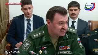 Премьер-министр Дагестана встретился с командующим Каспийской флотилией