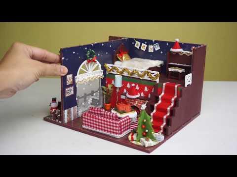 DIY Miniature Merry Christmas Dollhouse