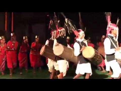 Gaur Nritya Bastar - Laxmi Sodhi - Chhattisgarh Pryatan Mandal - Lok Geet