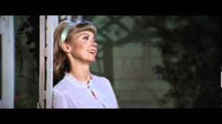 GREASE - HOPELESSLY DEVOTED TO YOU BEST SCENE!!!!