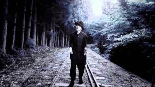 http://www.seamo.jp/ 2011年07月27日発売「ONE LIFE」収録.