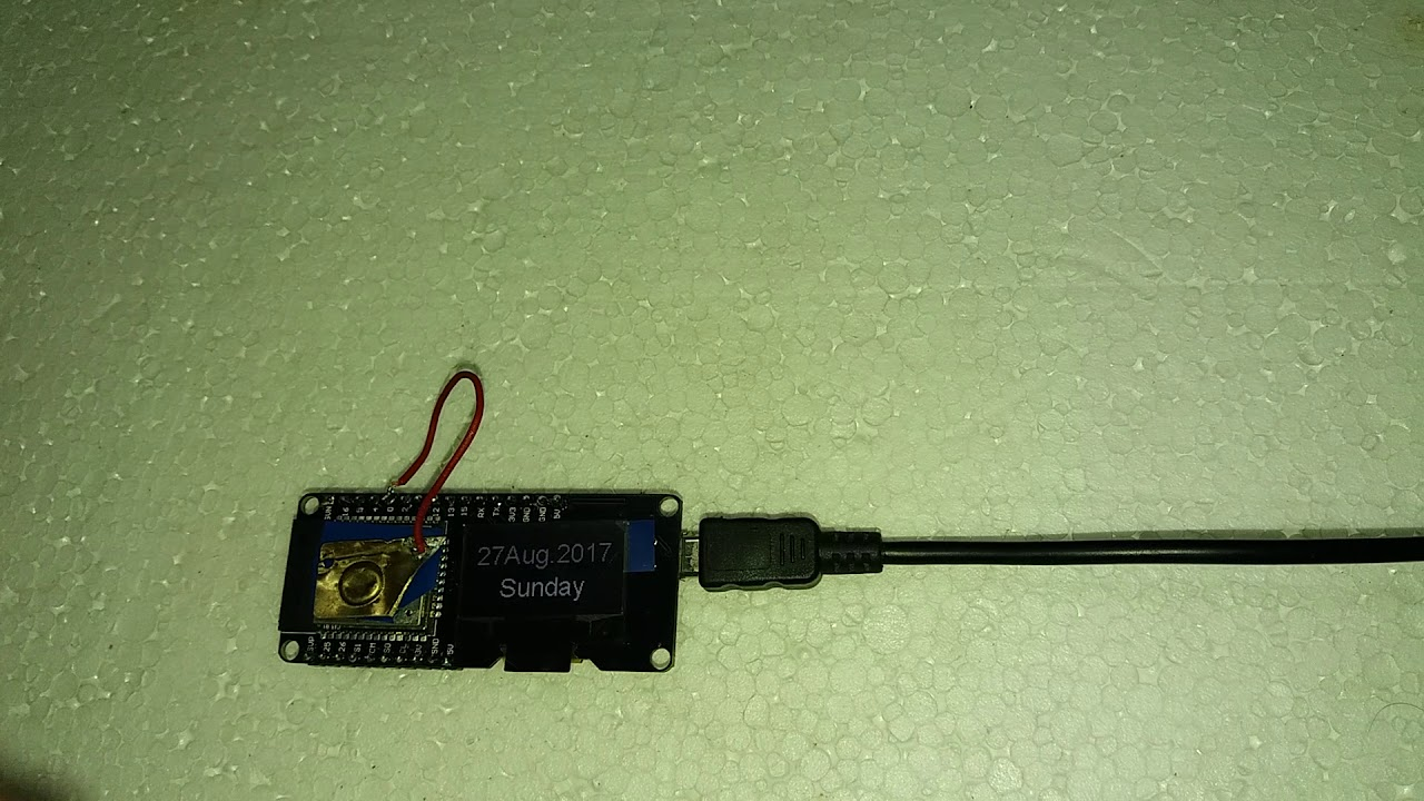 Esp32 based clock with ntp (get time from internet)