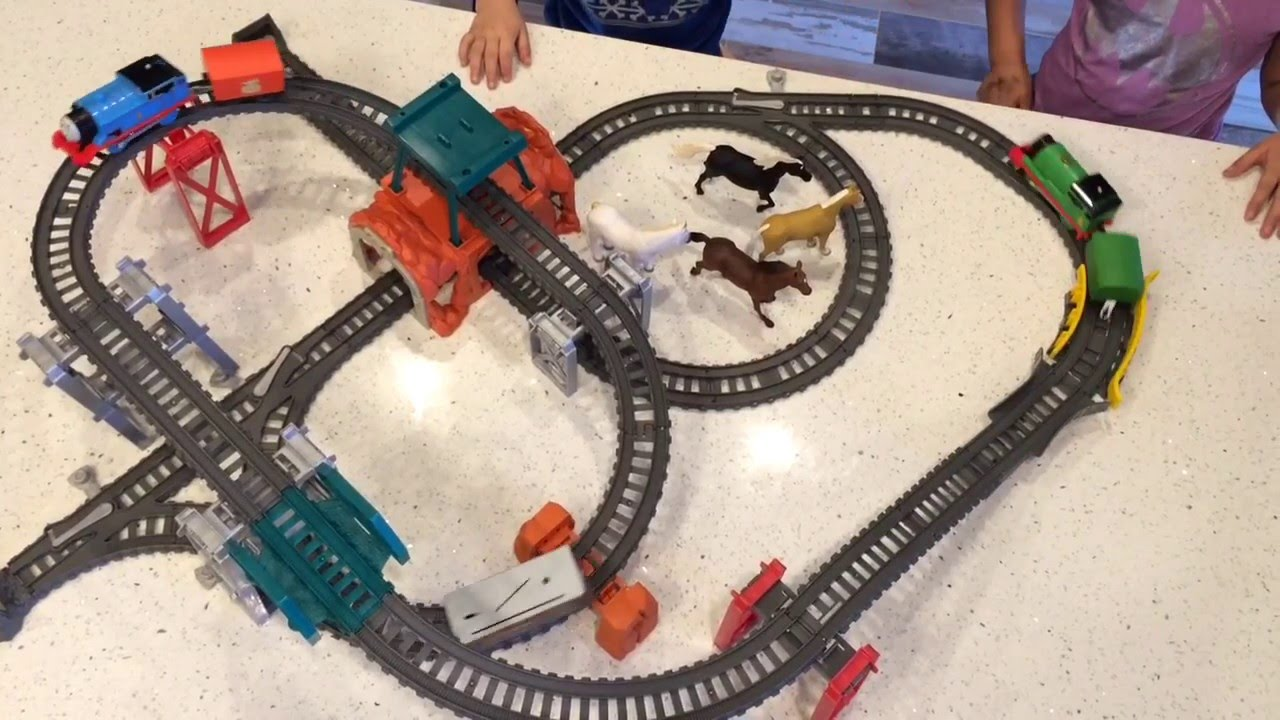 Thomas Friends Trackmaster 5 In 1 Up Down All Around Youtube