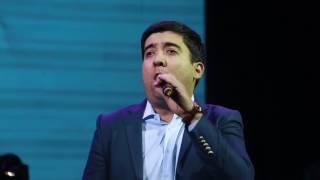Dizayn jamoasi Bahrom Nazarov konsertida